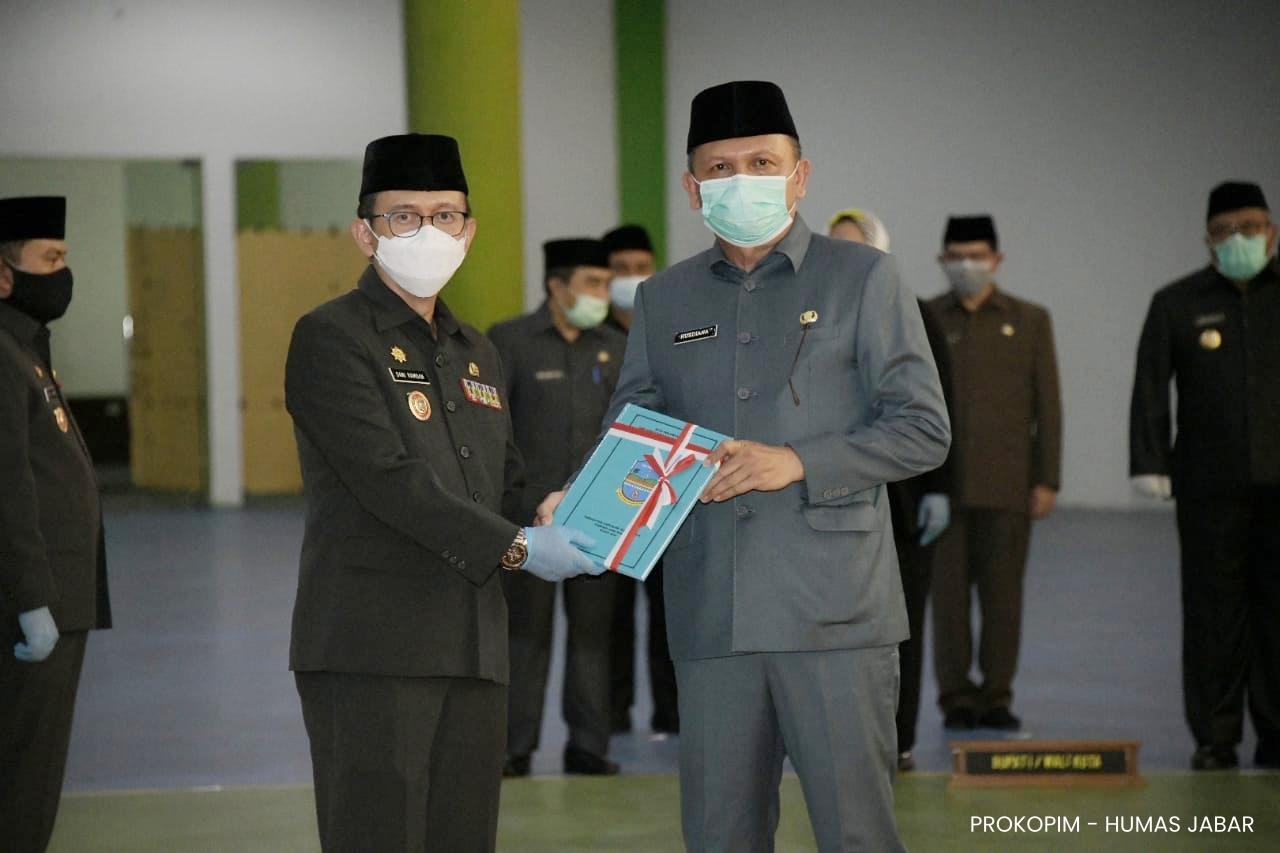 GUBERNUR JAWA BARAT KUKUHKAN Dr. H. DANI RAMDAN., MT SEBAGAI Pjs. BUPATI PANGANDARAN