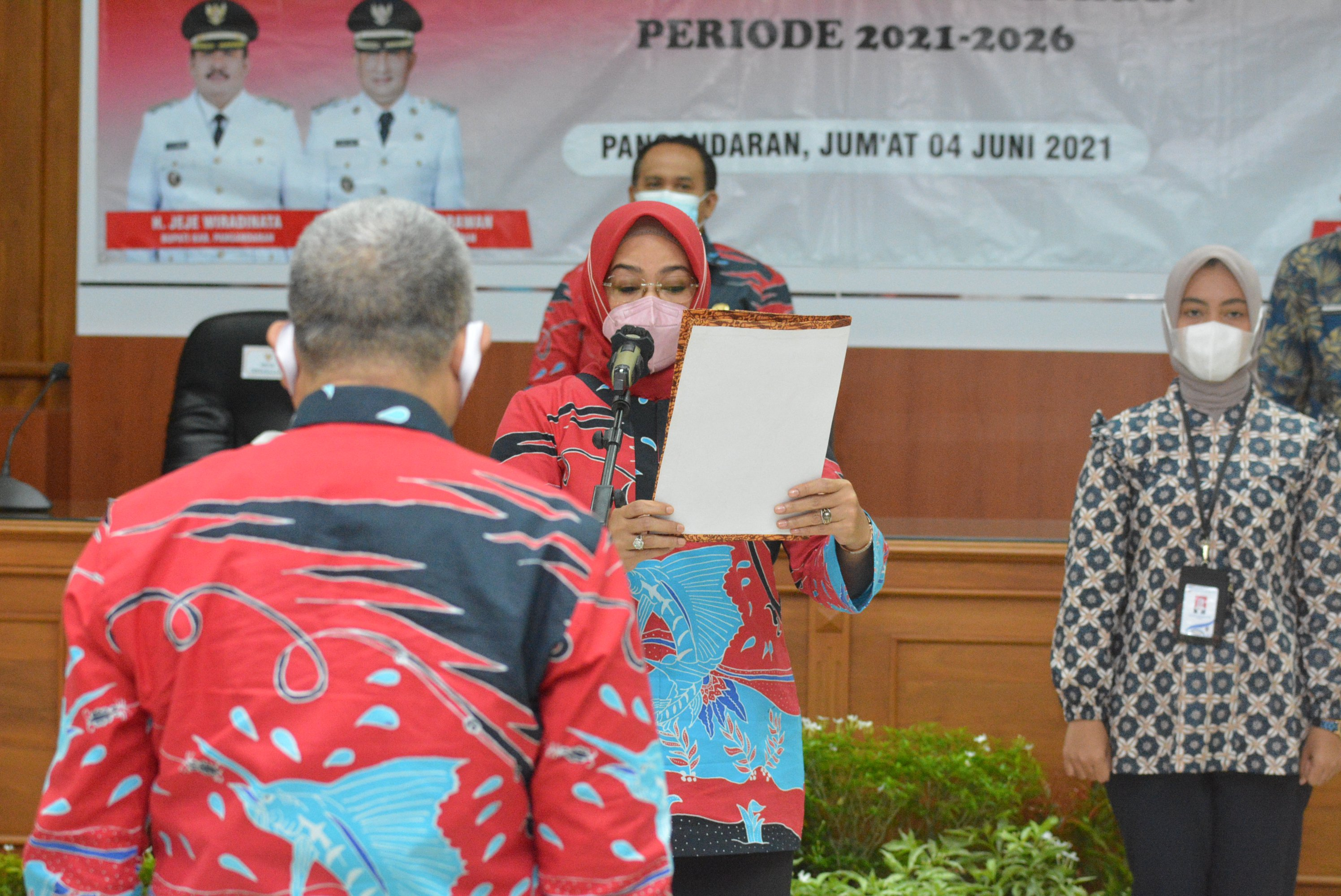 Pengurus Dekranasda Kabupaten Pangandaran Periode 2021-2026 Dilantik