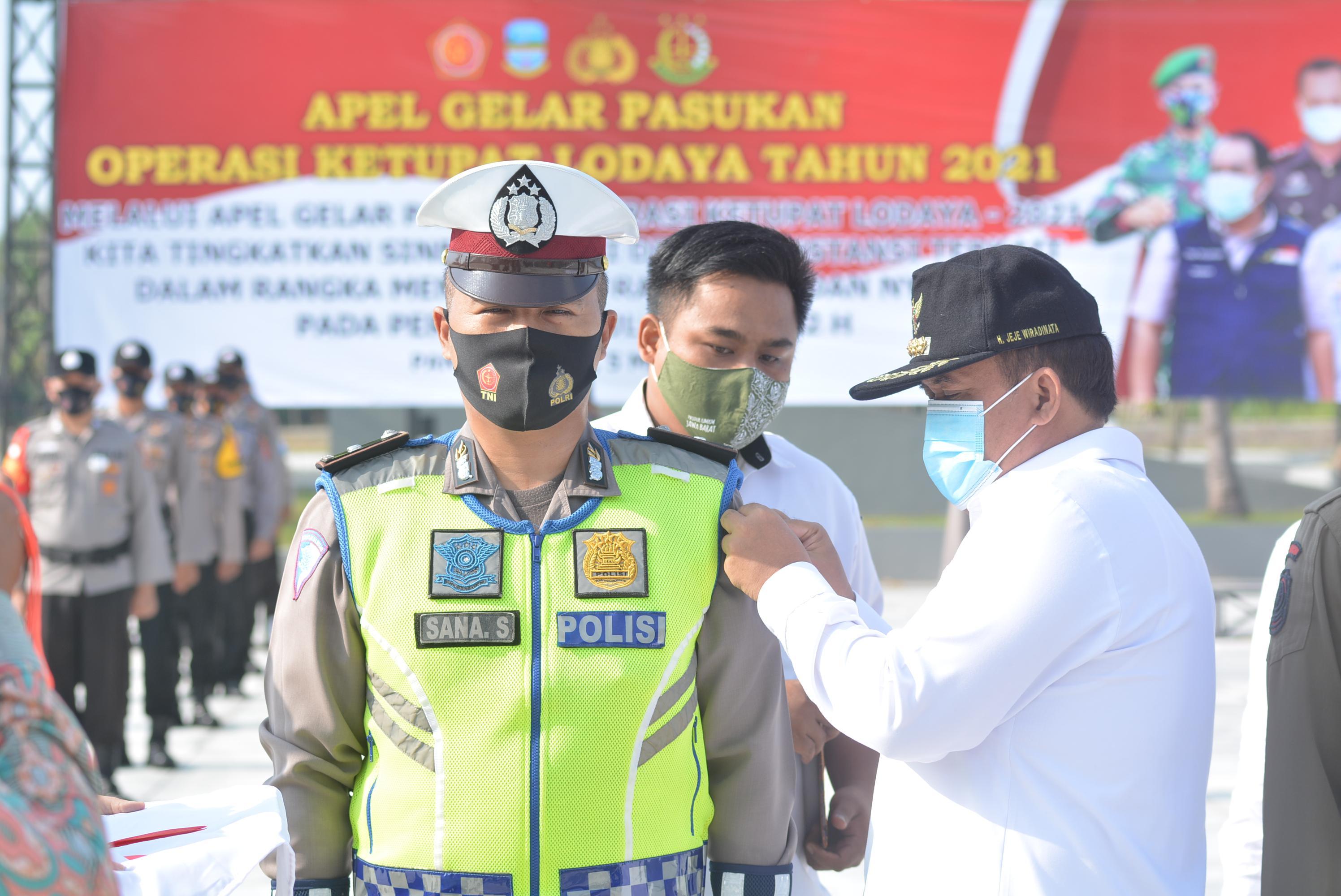 Bupati Pangandaran Pimpin Apel Gelar Pasukan Operasi Ketupat Lodaya Tahun 2021