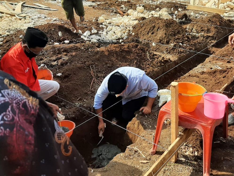 Bupati Pangandaran Letakan Batu Pertama Pembangunan Masjid  Al Ansor