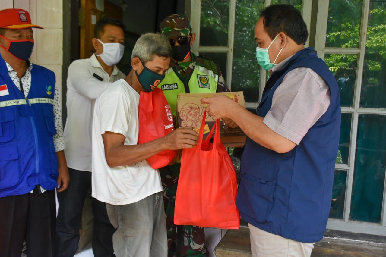 Bupati Berikan Bantuan Korban Bencana
