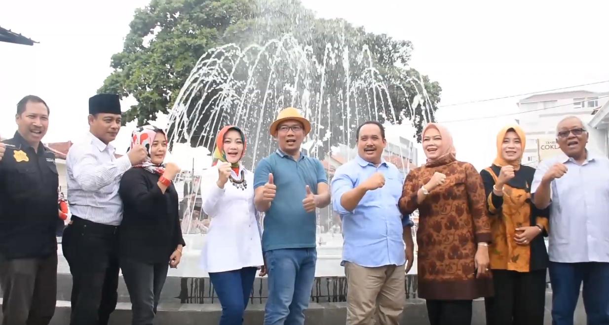 Peresmian Plaza Air Mancur Pantai Timur Pangandaran Oleh Gubernur Jawa Barat Ridwan Kamil
